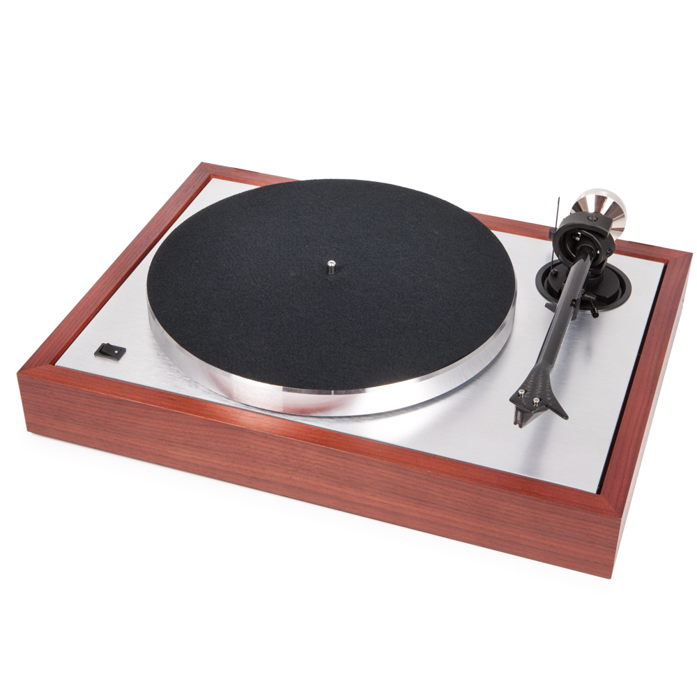 pro ject the classic turntable norvett electronics. Black Bedroom Furniture Sets. Home Design Ideas