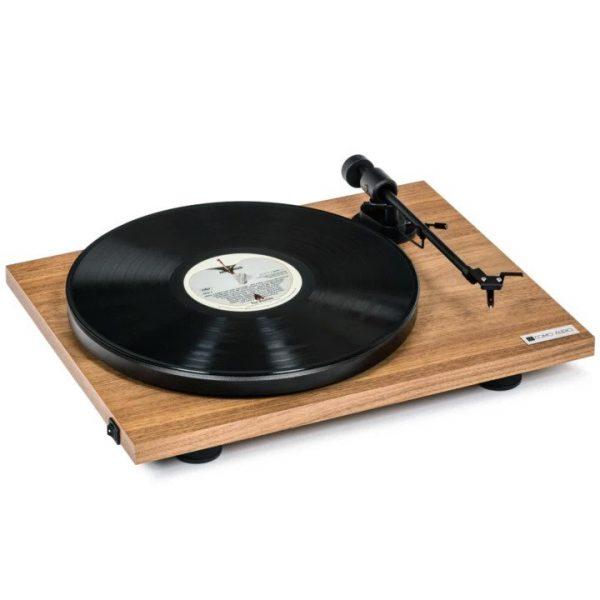 Como Audio Analog Turntable - Walnut (Angled)